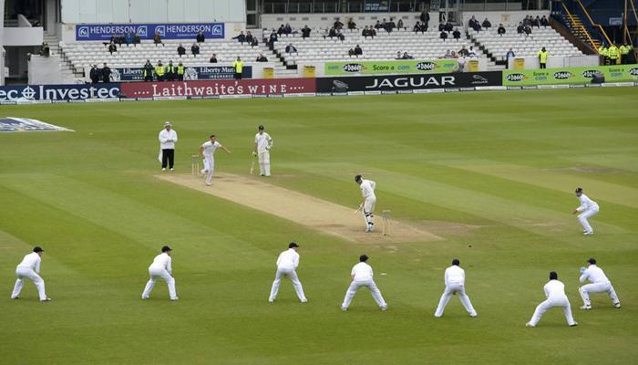 क्रिकेटचे काही अपरिचित नियम