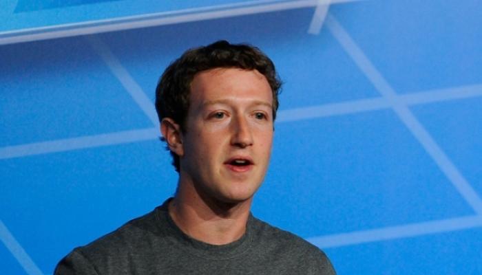 भारतावर इंग्रजांचं राज्य हवं होतं, फेसबूकच्या अधिकाऱ्याची संतापजनक वक्तव्य