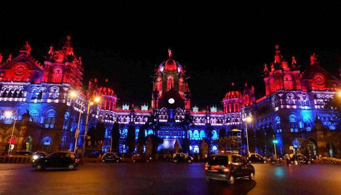 मुंबईत छत्रपती शिवाजी महाराजांना असाही मानाचा मुजरा