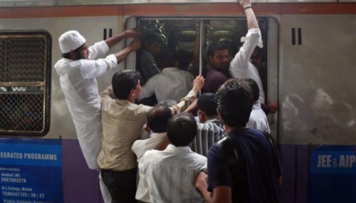 रेल्वे बजेट २०१६ : मुंबईकरांसाठी चर्चगेट-विरार, सीएसटी-पनवेल एलिव्हेटेड