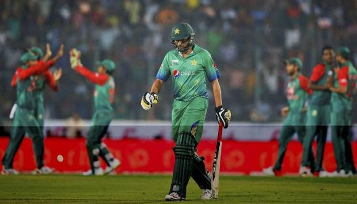 बांगलादेशविरुद्धच्या पराभवानंतर ट्विटरवर पाकिस्तानची खिल्ली