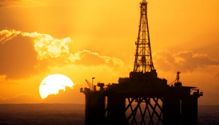तेलाच्या खाणी असून सौदीवर परदेशी कर्ज घेण्याची वेळ!
