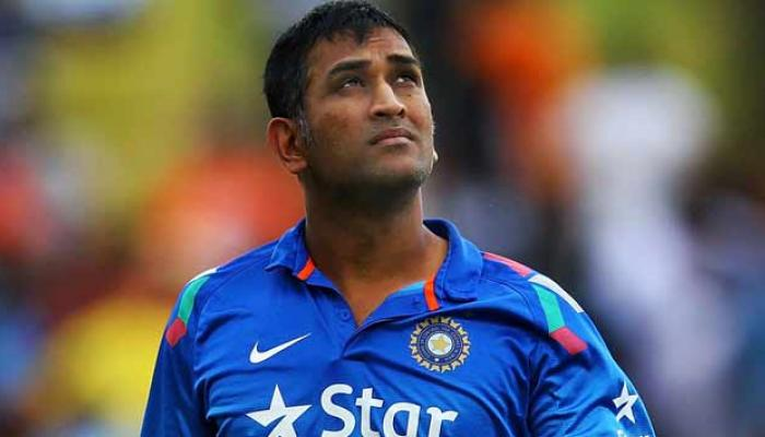 धोनीची अपयशी झुंज, ३ धावांनी भारताचा पराभव