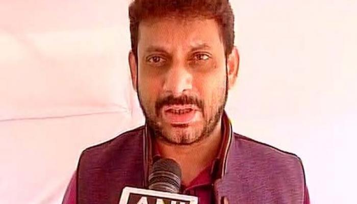 'भारत माते'बाबत आक्षेपार्ह विधान, एमआयएमचे आमदार पठाण निलंबित