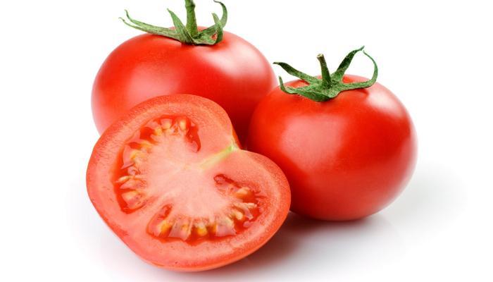 रोज १ टोमॅटो खाल्ल्याने होतात अनेक फायदे