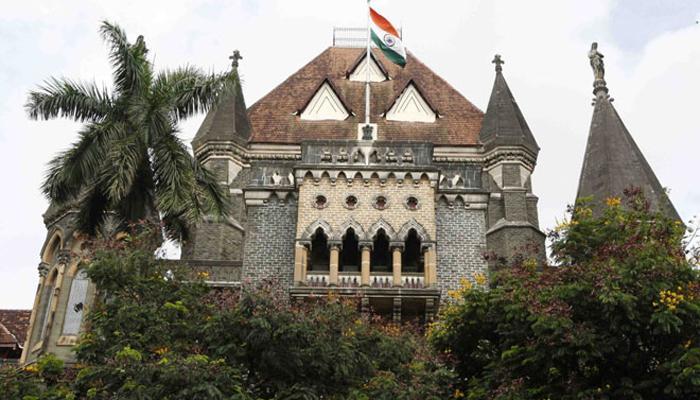 खासगी जागेत अश्लील कृती गुन्हा नाही - मुंबई हायकोर्ट