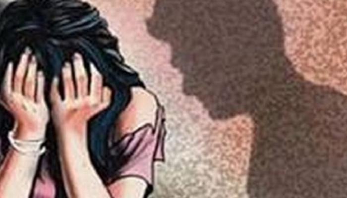 १६ वर्षाच्या मुलीवर प्रियकरासह मित्रांचा बलात्कार