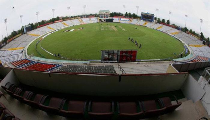 भारत-ऑस्ट्रेलिया सामन्यापूर्वी मोहालीची खेळपट्टी बदलली