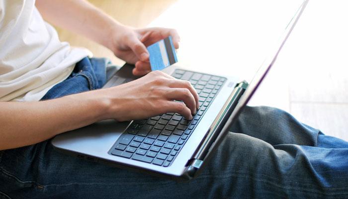 ऑनलाईन शॉपिंगवर मिळणारा जबरदस्त डिस्काऊंट बंद होणार