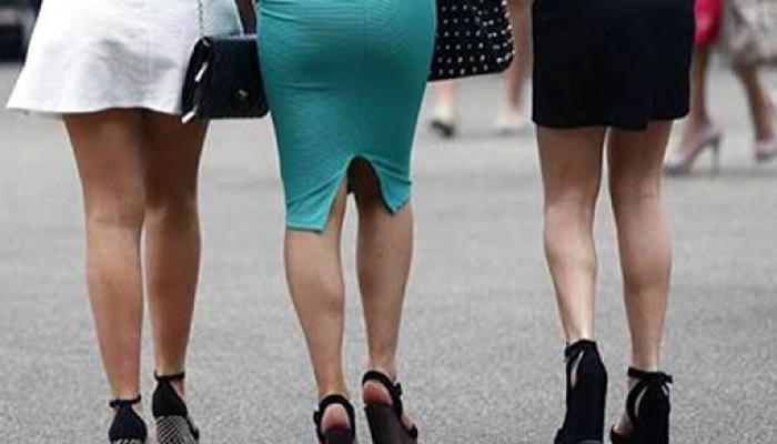 महिलांच्या स्कर्टवर देशाची अर्थव्यवस्था ठरते