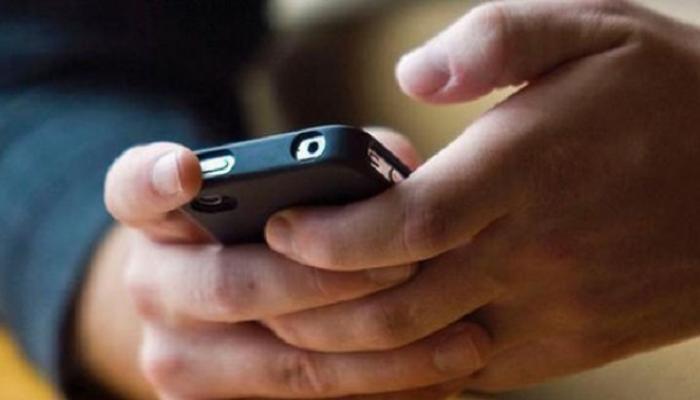 तुम्हाला मोबाईलवर पॉर्न पाहणं पडू शकतं भारी!