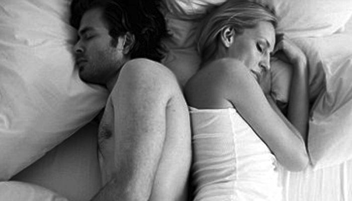 पहिल्या रात्री सेक्स केला नाही म्हणून पत्नी पाहा कोठे पोहोचली...