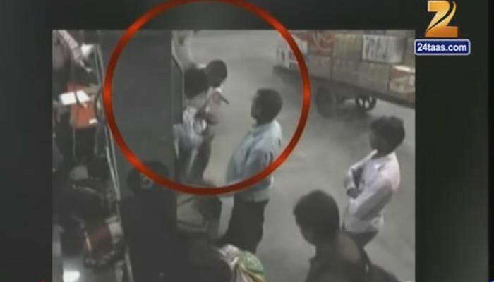 कुर्ला लोकमान्य टिळक टर्मिनस येथे प्रवाशांची पोलिसांकडून लुटमार