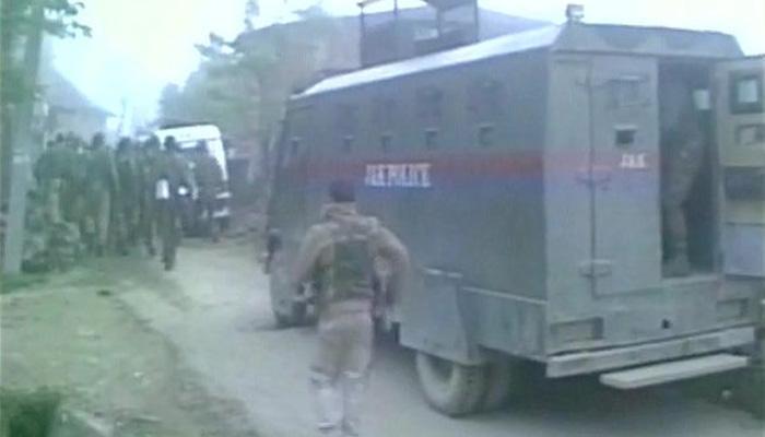 पुलवामामध्ये चकमकीत तीन दहशतवाद्यांना कंठस्नान