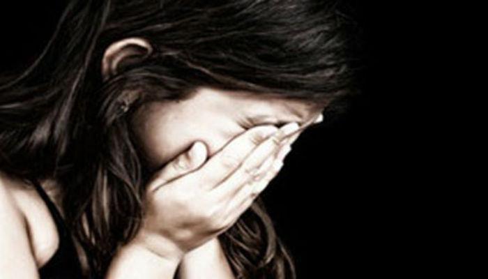 पाच वर्षांच्या मुलीवर पुजाऱ्यानं मंदिरातच केला बलात्कार