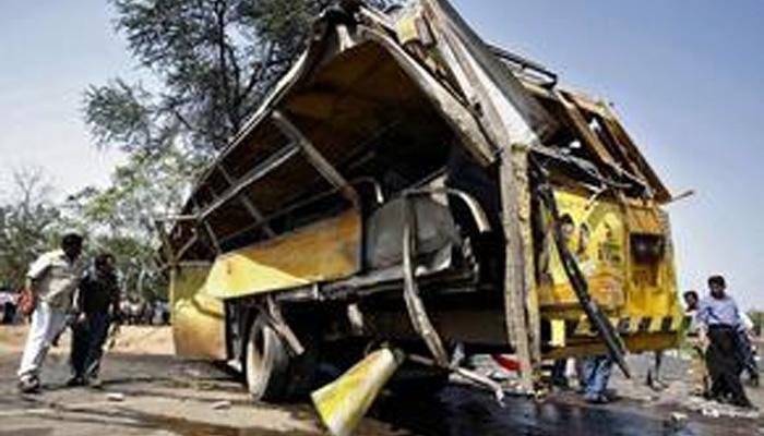 तेलंगणात अपघात, महाराष्ट्रातल्या एकाच कुटुंबातील १५ जणांचा मृत्यू