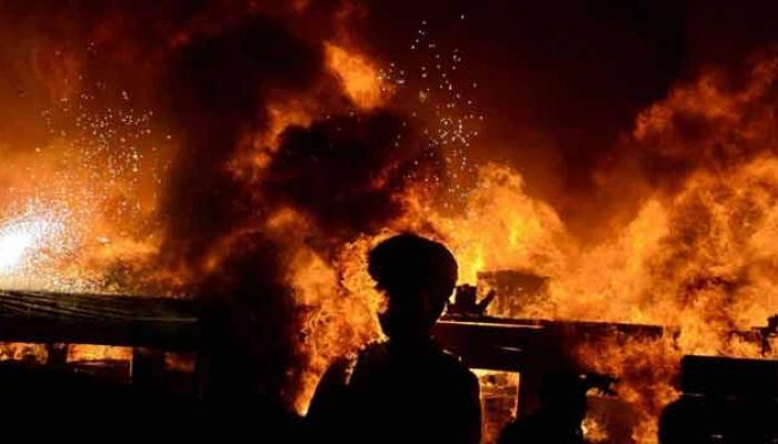 मानखुर्द येथे केमिकल गोडाऊनला भीषण आग