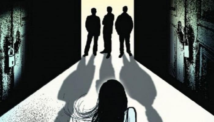 दिल्लीत चालत्या कारमध्ये तरुणीवर बलात्कार