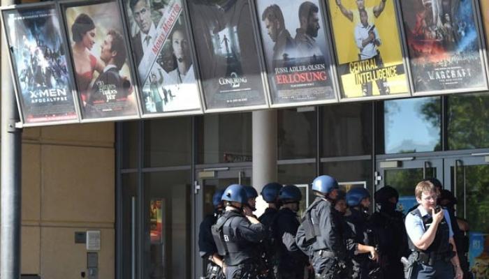 जर्मनीत सिनेमा हॉलमध्ये गोळीबार