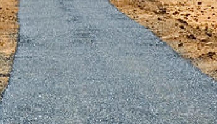 काळ्या यादीतील मुबंईतील ठेकेदारांची ठाण्यात कामे, रस्ता कामात वीटा-मातीचा वापर