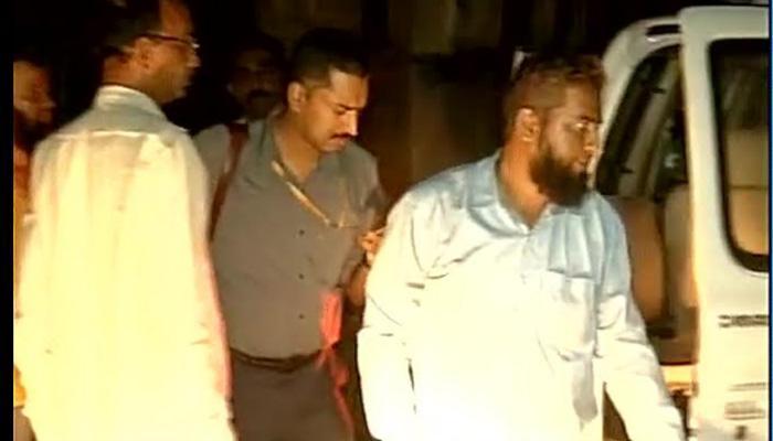 हैदराबादमध्ये मंदिरात मांस ठेवून दंगली घडवण्याचा ISचा डाव