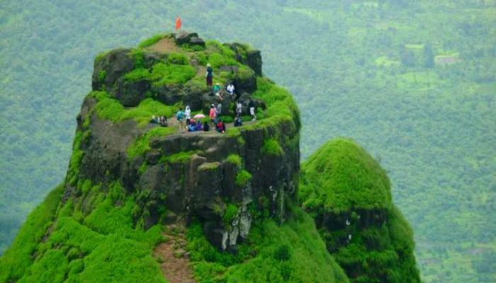 भारतातला चढाईसाठी सगळ्यात धोकादायक किल्ला आहे महाराष्ट्रात