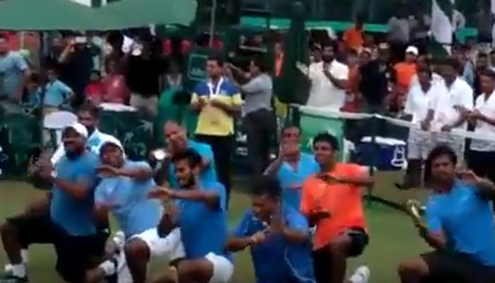 डेव्हिस कप स्पर्धेत विजयानंतर भारतीय टेनिसपटूंचा डान्स