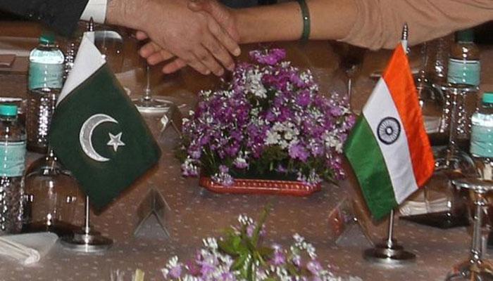 पाकिस्तानातील भारतीय कर्मचाऱ्यांच्या मुलांना मायदेशी बोलवलं