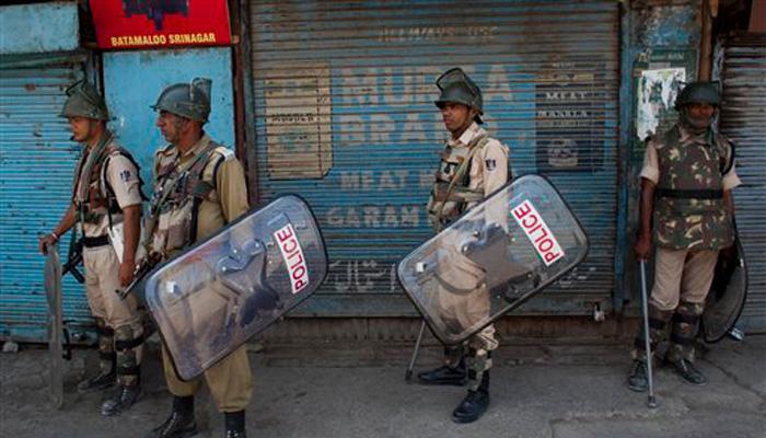 श्रीनगरमधून कर्फ्यु मागे, जम्मूत मोबाईल सेवा सुरू