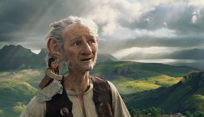 फिल्म रिव्ह्यू : 'द बीग फ्रेन्डली जायंट'
