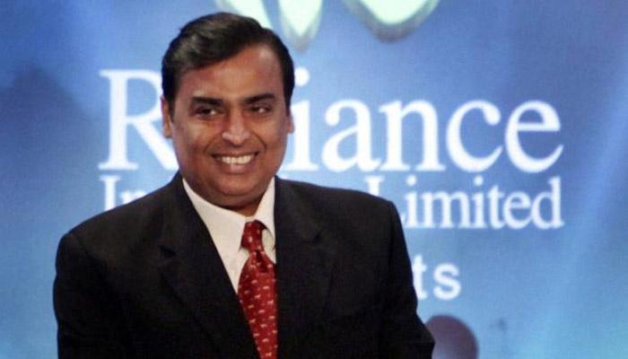 मुकेश अंबानींनी कायम ठेवलं 15 कोटी रुपयांचं वेतन