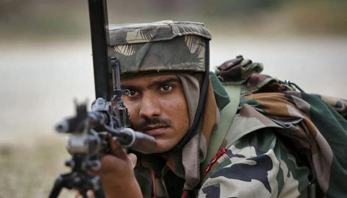 श्रीनगरमध्ये दहशतवाद्यांशी चकमकीत अधिकारी शहीद