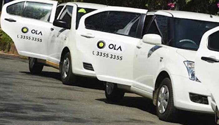 मुंबईत ओला - उबर टॅक्सीविरोधात टॅक्सी, रिक्षाची बेमुदत संपाची हाक
