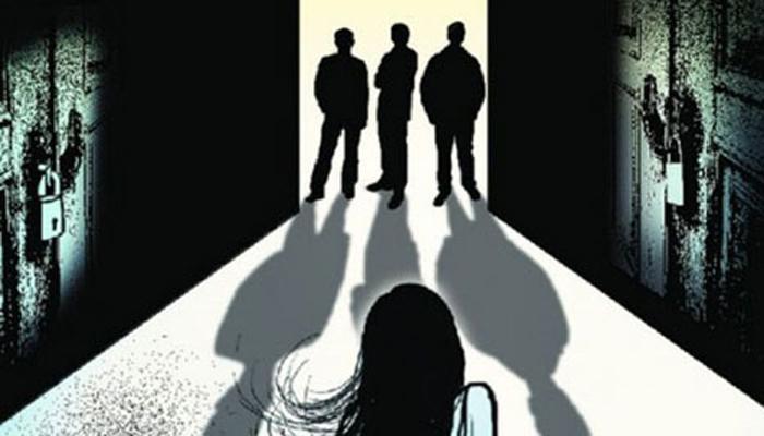 आई-वडिलांची हत्या करुन दोन अल्पवयीन मुलींवर सामूहिक बलात्कार