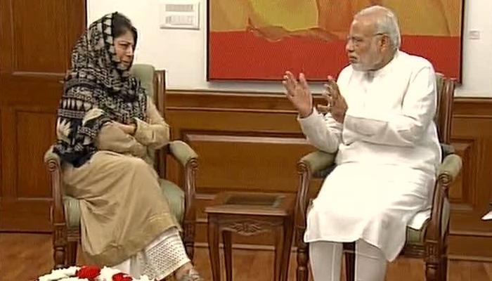 मेहबूबा मुफ्ती यांनी पाकिस्तानला सुनावले खडे बोल