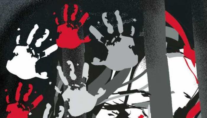 दत्तक तीन मुलींवर बलात्कार करणाऱ्या शास्त्रज्ञ बापास अटक