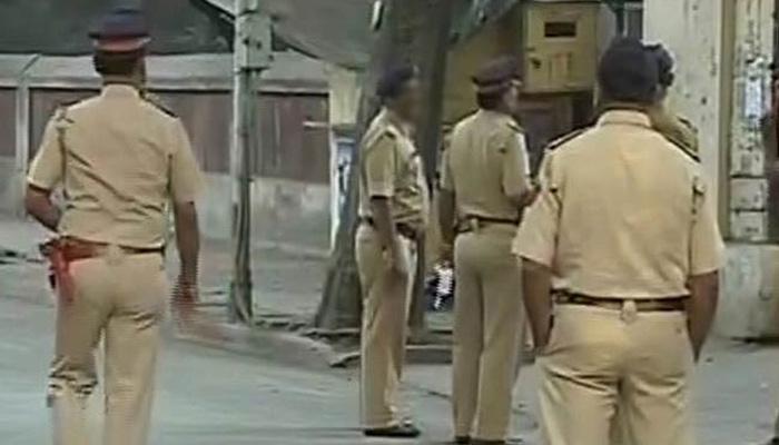 मुंबईत टँकरची पोलिसांना धडक, सहा पोलीस जखमी
