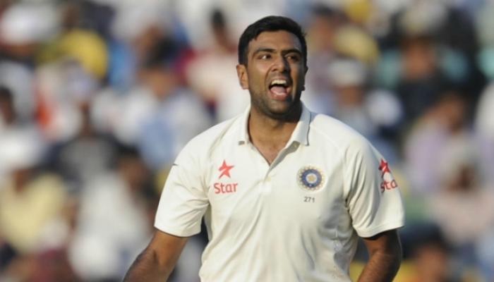टेस्टमध्ये अश्विनचा विक्रम, सर्वात जलद 200 विकेट घेणारा पहिला भारतीय