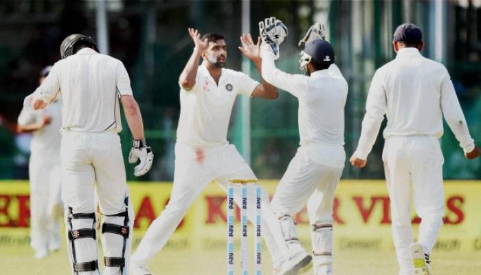 पहिली टेस्ट जिंकण्यासाठी भारताला हव्या 6 विकेट्स
