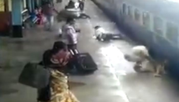 सॅल्यूट ! रेल्वे अपघाताच्यावेळी धाडस दाखवत पोलीस कॉन्स्टेबलने दिले महिलेला जीवदान