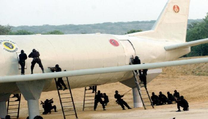देशभरात हायअलर्ट : एनएसजीकडून विमान हायजॅक रोखण्यासाठी प्रयत्न