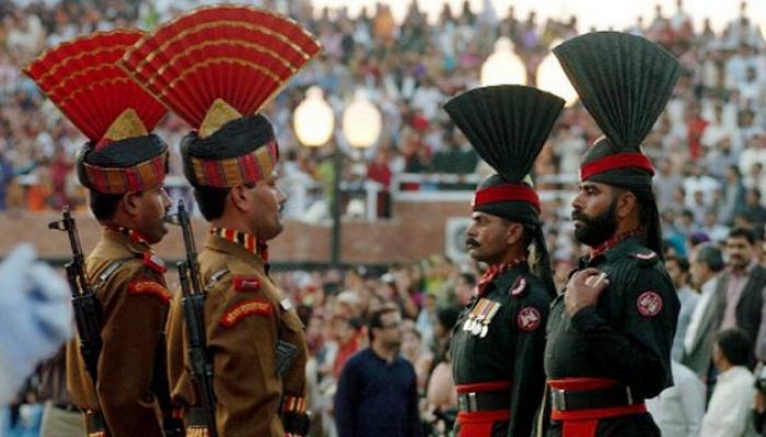 पाकिस्तानींकडून वाघा बॉर्डरवर दगडफेक
