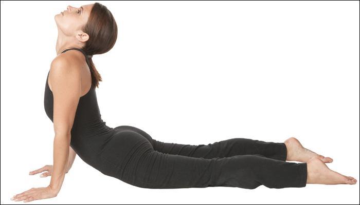 निरोगी हृदयासाठी सर्वोत्तम योगा आणि आहार टिप्स