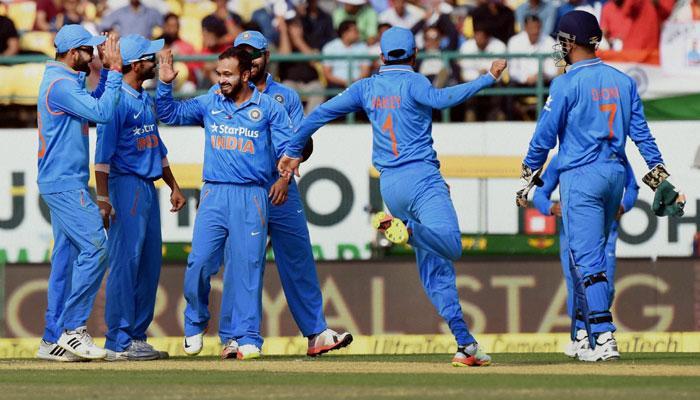 LIVE :भारत वि न्यूझीलंड, भारताला विजयासाठी 243 रनची गरज