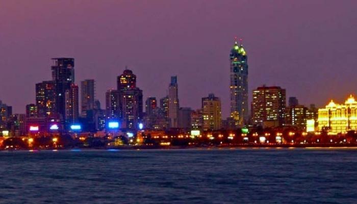 दिवाळीनिमित्त रोषणाईने सजली दुबई