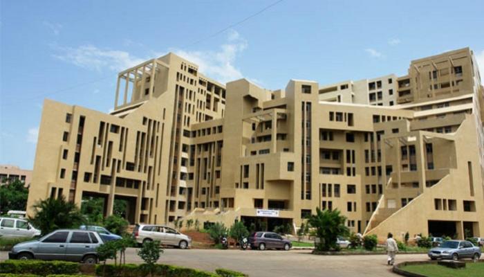 नवी मुंबईतील डी.वाय.पाटील हॉस्पिटलचा परवाना रद्द