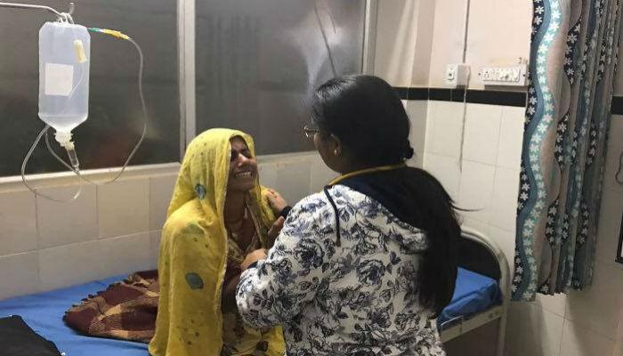 शहिदाच्या पत्नीची तब्येत बिघडली, रुग्णालयात दाखल