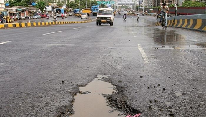 घोटाळ्यात अडकलेले करणार मुंबईतल्या रस्त्यांची कामं