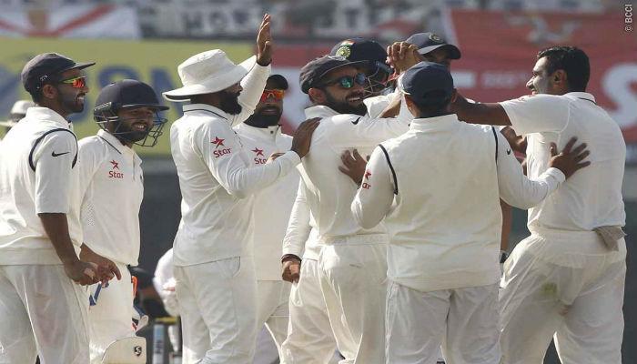 मोहाली टेस्टचा पहिला दिवस भारताचा, इंग्लंड 268/8