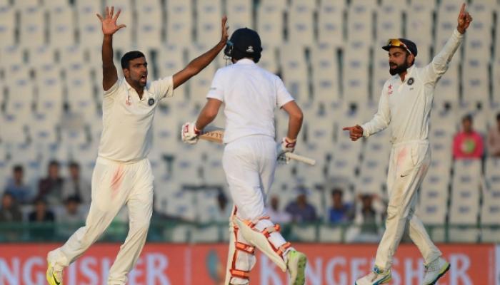 मोहाली टेस्टवर भारताची पकड